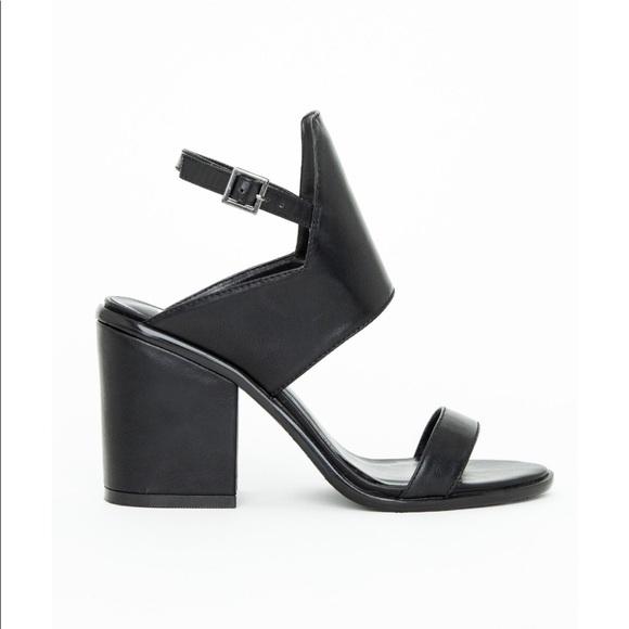 93db4c0f452428 Asymmetrical Block Heels. NWT. Missguided